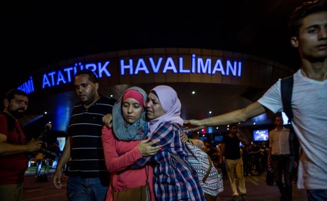 Турция скърби за жертвите, броят им расте