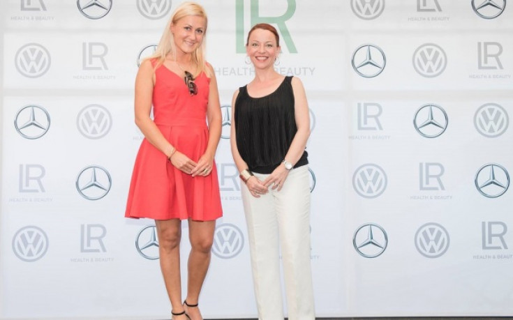 Европейската шампионка Екатерина Стратиева блести на летен коктейл
