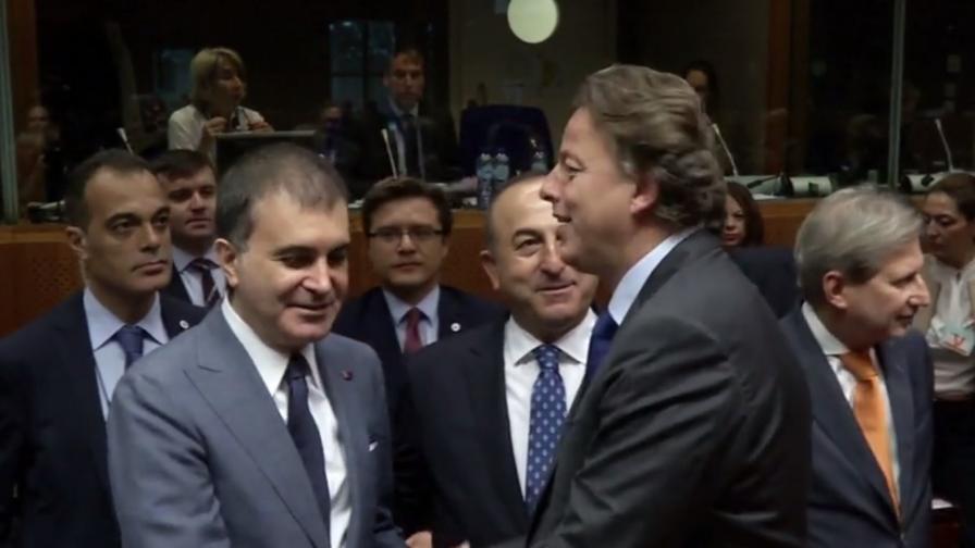 ЕС възобнови преговорите с Турция