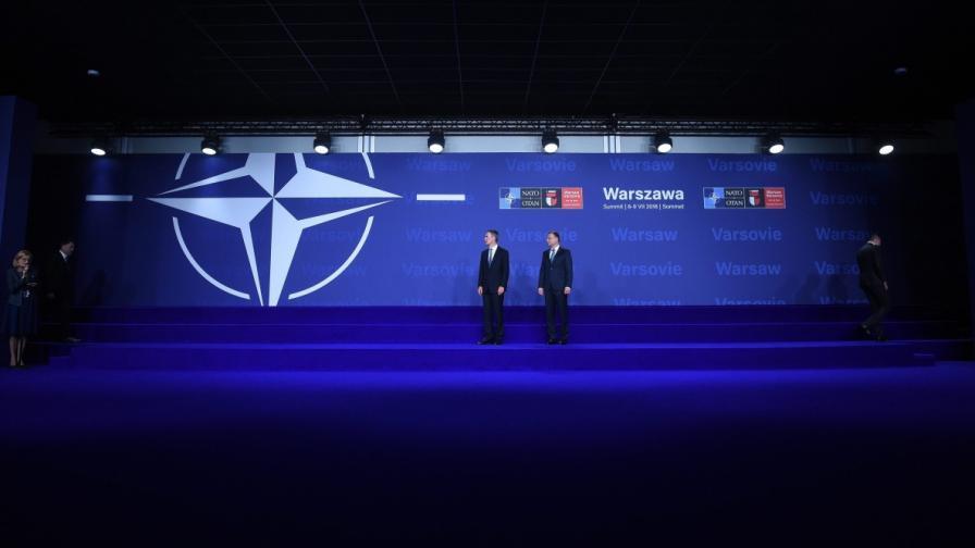 Сянката на Студената война надвисна над Варшава