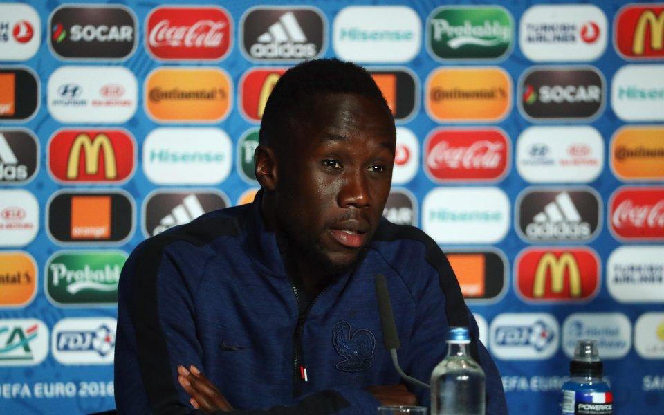 Бившият десен бек на Арсенал Бакари Саня сподели, че той