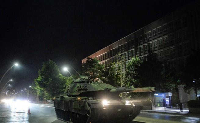 След опита за преврат: Турция мисли за смъртното наказание