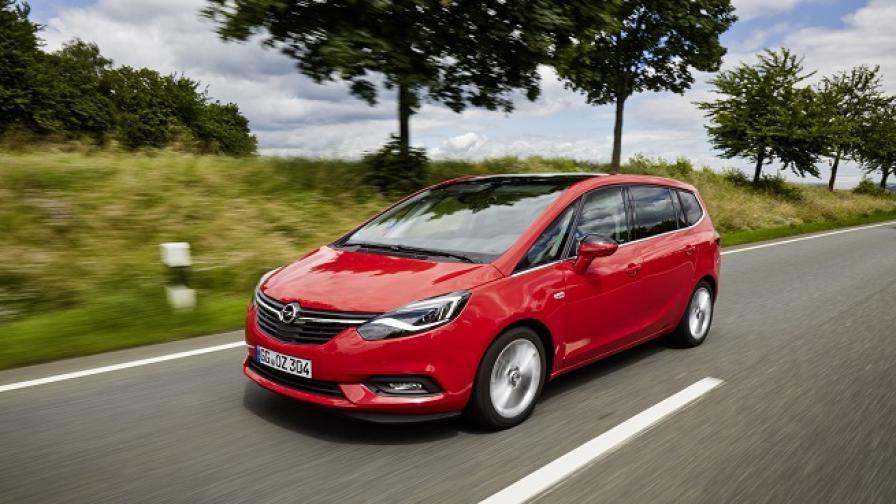Бизнес клас пътуване с Opel Zafira (тест драйв)