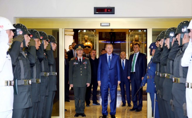 Ердоган поиска прошка от народа и от Бог