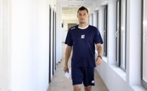 Томаш взе 16 футболисти за мача с Локо Пд