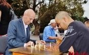 Кметът на Хасково игра шах с инвалиди<strong> източник: ХайЛайф</strong>