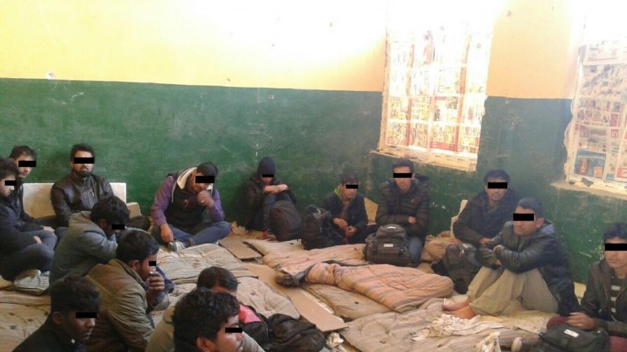 7000 афганистанци без документи влезли у нас от януари