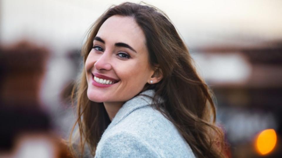 Как да се грижим за зъбите си на 20, 30, 40, 50, 60+ години