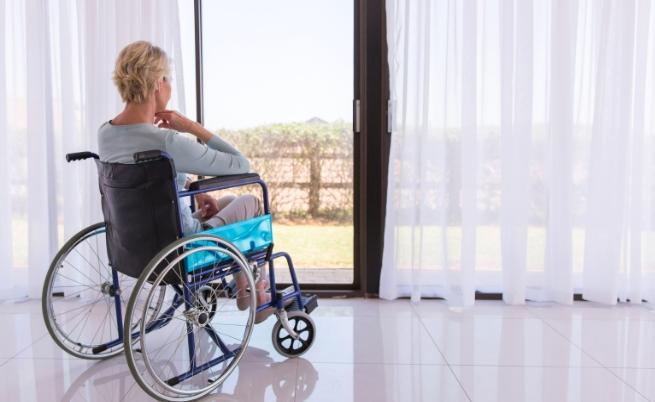 Тя е в инвалидна количка и национален шампион по танци