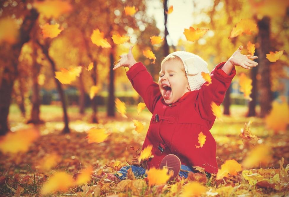 - Днес честваме Световния ден на усмивката, учреден от създателя на усмихнатото личице, превърнало се в символ на щастието и веселието, Харви Бел...