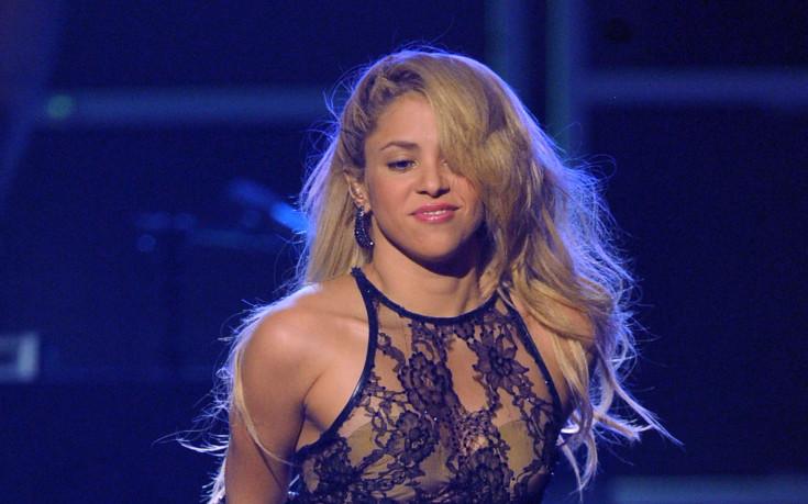 Шакира възпява Пике новата си песен?