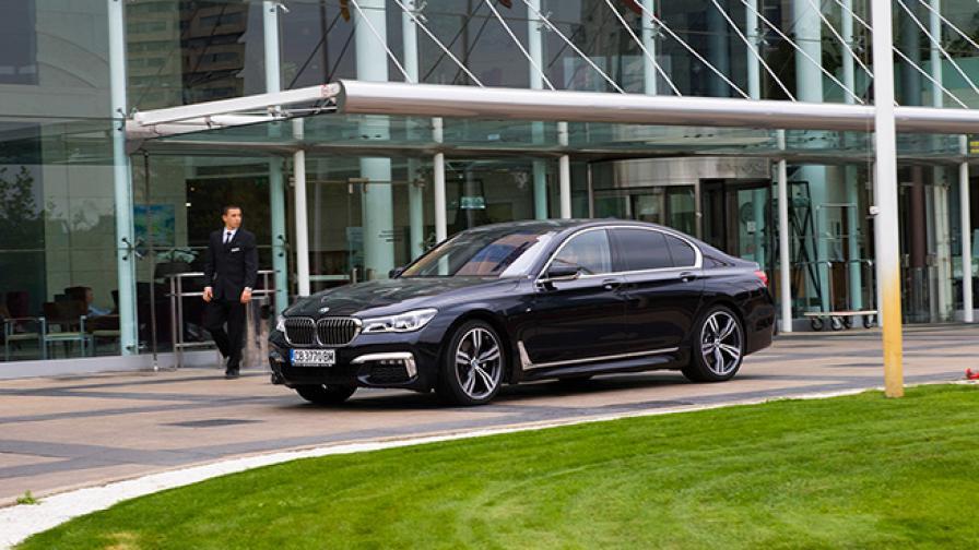 Рогът на изобилието в BMW Серия 7 (тест драйв)