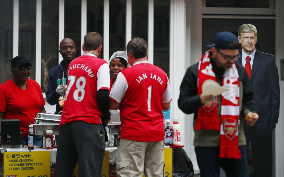 Фенклубът на Арсенал: С какво сме по-опасни от феновете на Реал и Ливърпул?