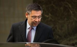 Бивш президент на Барса надигна вой срещу Бартомеу