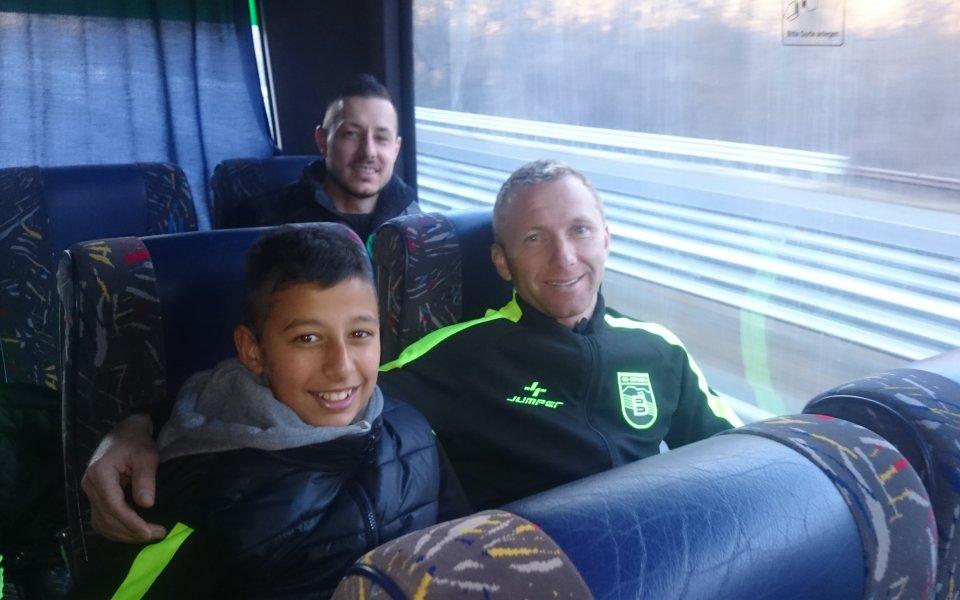 Треньорът на Витоша: Контактът с децата направи футболистите по-отговорни