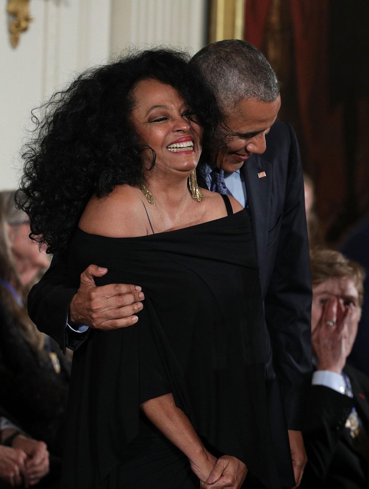 Барак Обама връчи Медал на свободата на певицата Даяна Рос