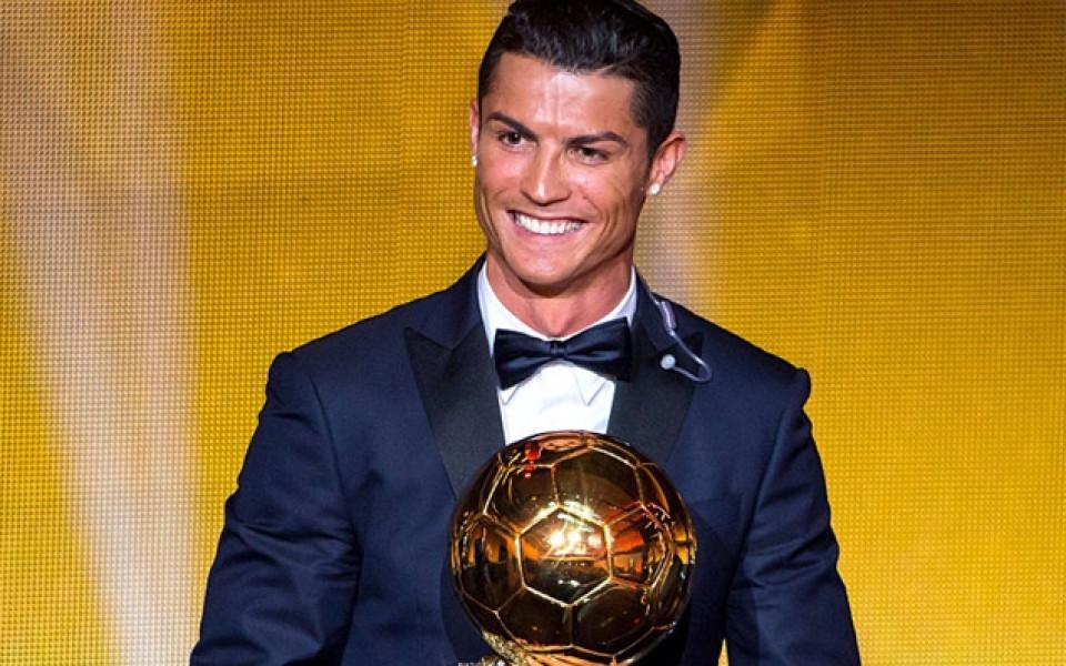 """Четвърта """"Златна топка"""" за Роналдо, изостава с една от Меси"""