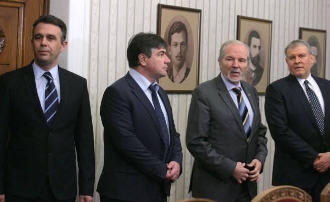 Радан Кънев за мандата: Трагикомедия!