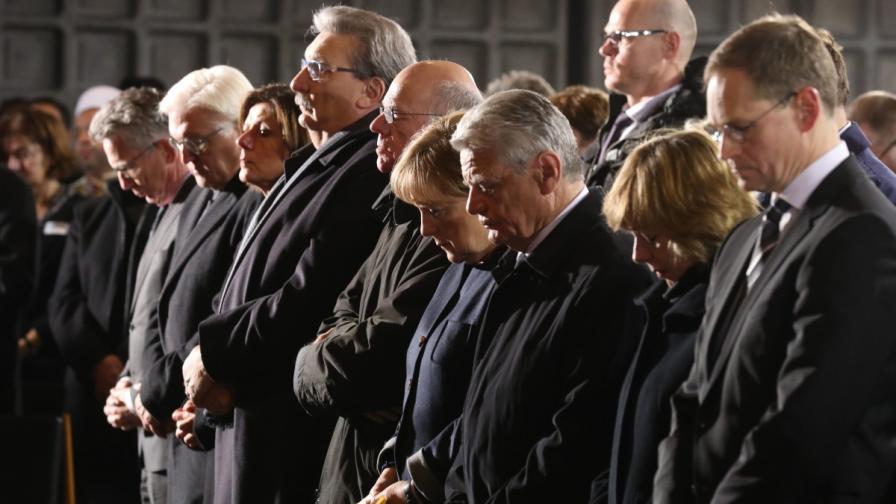 Меркел: Горда съм с хладнокръвния отговор на Берлин