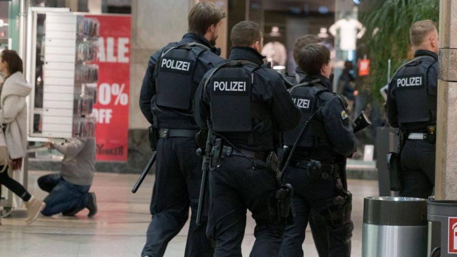 Арестуваха двама косовари, готвели атентат в Германия