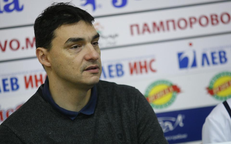 Владимир Николов гостува в