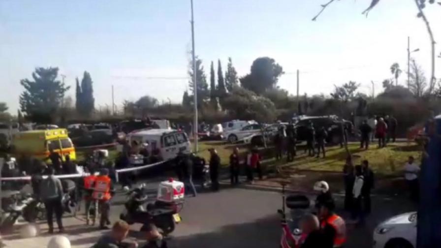 Камион се вряза в хора в Ерусалим, има загинали