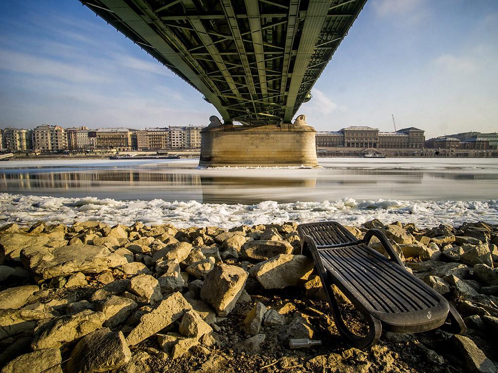 Река Дунав минава през Будапеща, Унгария