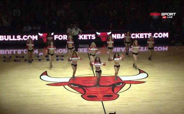 Красивите мажоретки на Чикаго Булс