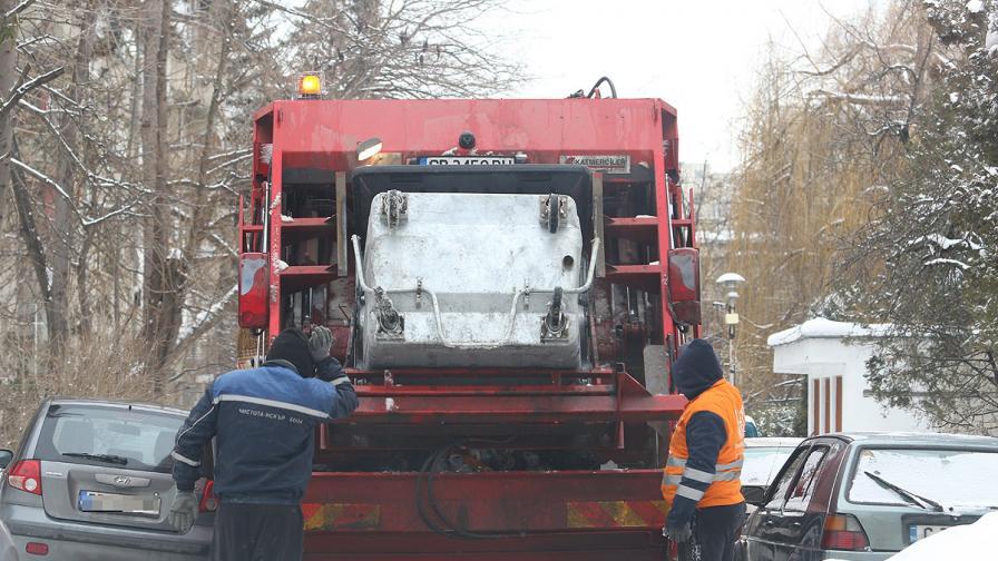 Задава се криза с боклука, 113 депа затварят заради ЕС