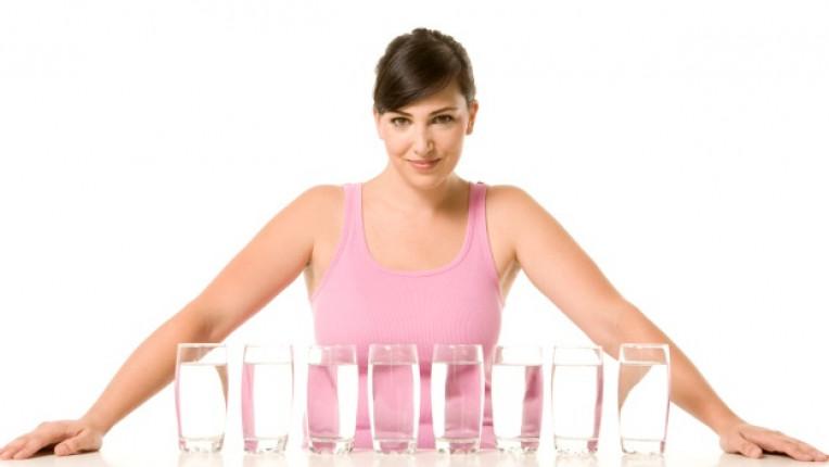 вода пиене на течности хидратация осем чаши норма