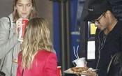 Неймар набива пица и смуче кола за ужас на Енрике