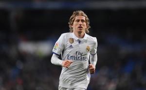 Зидан вече мислел за заместник на Модрич в Реал