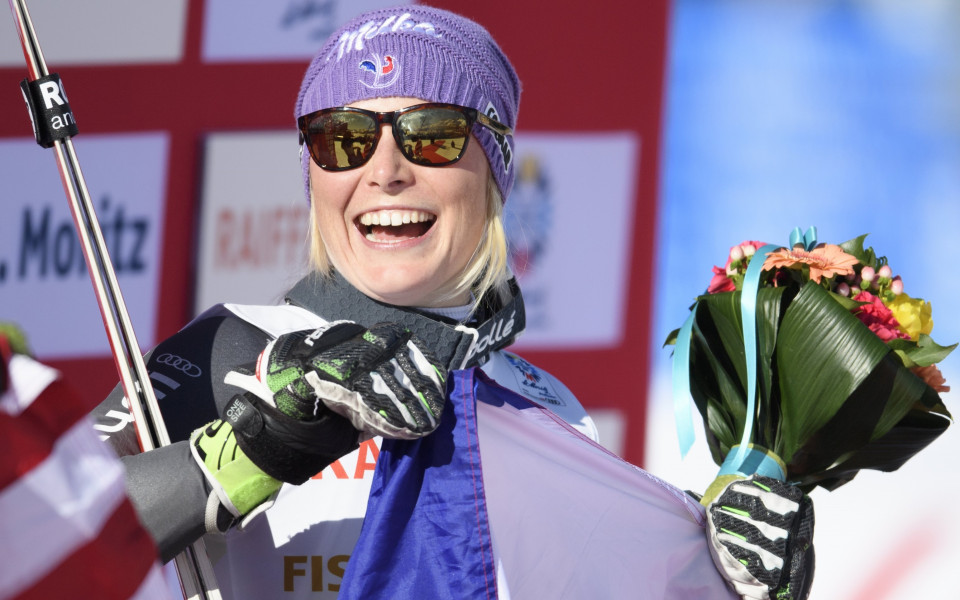 златната медалистка в гигантския слалом на световното по ски Теса Уорли