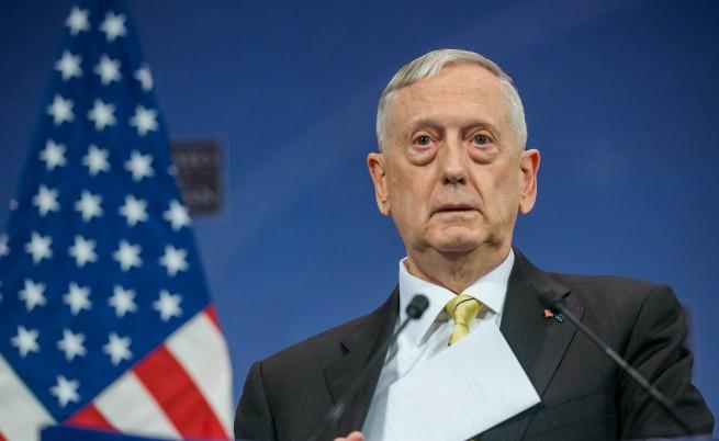 Министърът на отбраната на САЩ подаде оставка заради Тръмп
