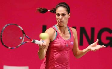 Изабелла Шиникова стигна 1/4-финалите на двойки в Люксембург