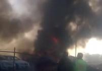 Самолет се разби в търговски център, петима загинали