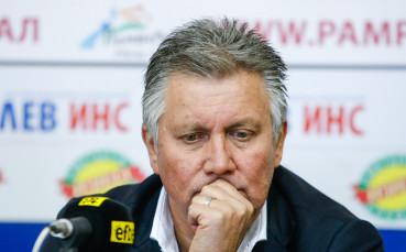 Иван Василев ще продължи да издържа Локо София