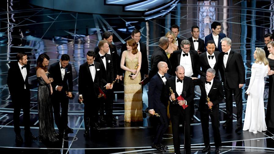 """Огромен гаф на финала на """"Оскар""""-ите с най-добрия филм"""