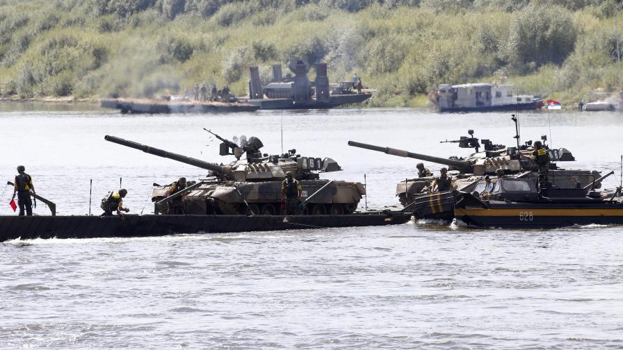 Вдигнаха сръбската армия под тревога