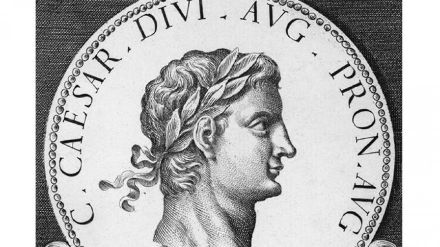 Търсят кораба за пиршества на Калигула в Италия