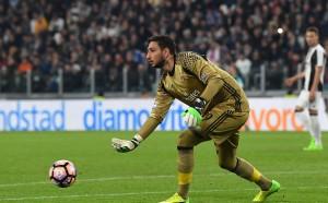 Милан с ултиматум към Донарума