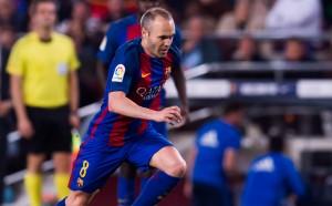 Шеф на Барселона: Иниеста ще остане при нас