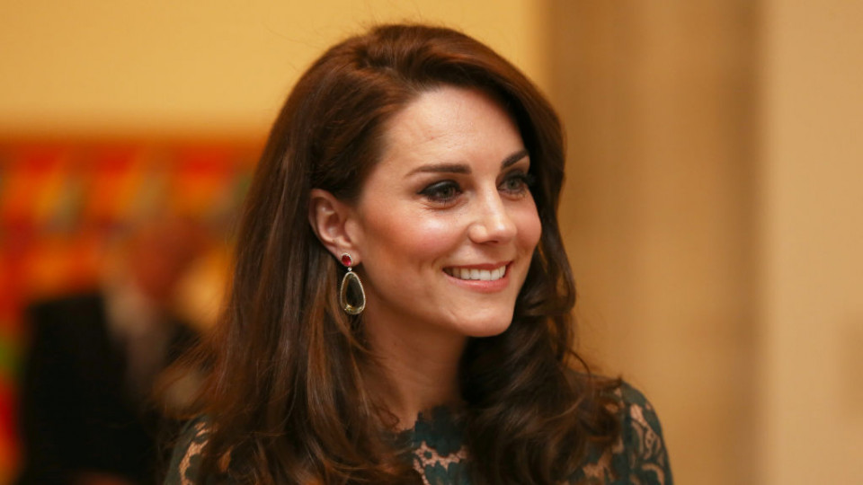 Кейт Мидълтън съобщи кога ще се роди кралско бебе номер 3!