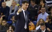 Треньорът на Везенков се изнерви на журналистически въпрос