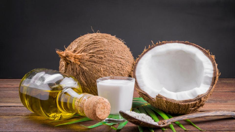 3 основателни причини да заменим козметиката с кокосово масло