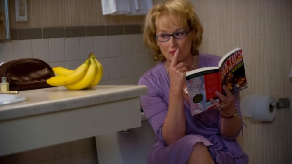 """Кадър от романтичната комедия """"Любовна терапия"""" с участието на Мерил Стрийп и Томи Лий Джоунс"""