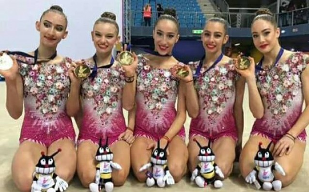 Ансамбъл по художествена гимнастика източник: facebook.com/BulgarianRhythmicGymastic
