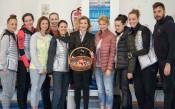 Илиана Раева изненада новите златни момичета<strong> източник: facebook.com/BGRGfederation, Анна Недкова</strong>