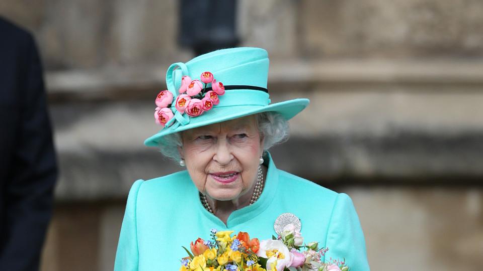 Алкохолната диета на кралица Елизабет II