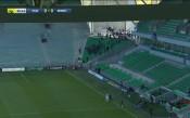 Фенове нахлуха на мача без публика Сент Етиен - Рен